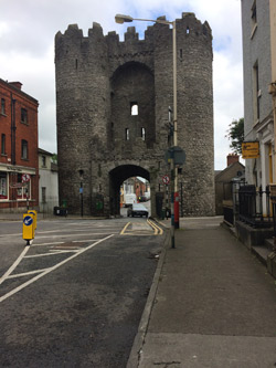 photo of St. Lawrence Gate, Drogheda.